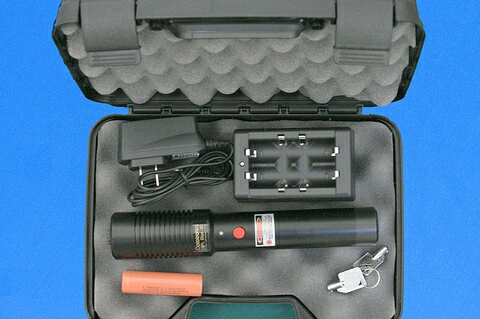 RPL portable blue laser system\nKit includes: padded hard shell carrying case, battery and charger.